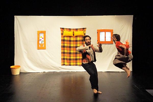 Kitchen Project Compagnia Teatrale<br />Spettacolo teatrale<br /><strong>LA CASA PIU&#8217; BELLA</strong>