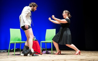04/11/2017<br />Teatro Tabasco<br />COPPIA APERTA QUASI SPALANCATA</strong>