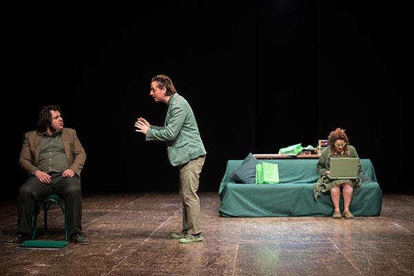 09/04/2022<br />Compagnia Nano Egidio/Marco Ceccotti<strong><br />QUESTA SPLENDIDA NON BELLIGERANZA</strong><br /><font color=#FF0000>teatro adulti</font>