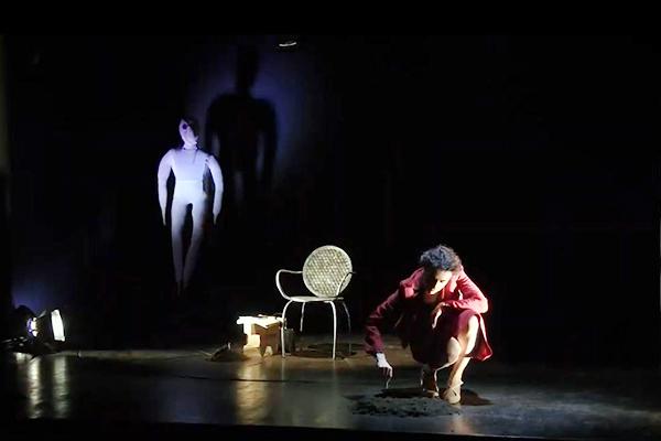12/02/2022<br />Marianna De Pinto<strong><br />LA PESCATRICE DI PERLE</strong><br /><font color=#FF0000>teatro adulti</font>